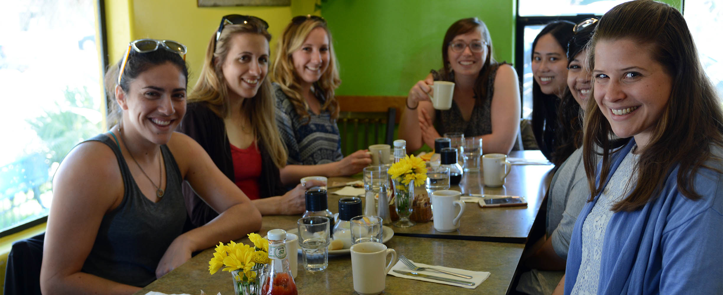 Breakfast and brunch in Santa Cruz with Brazilian roots and our typical Santa Cruz ambiance and culture lived intensily every day!